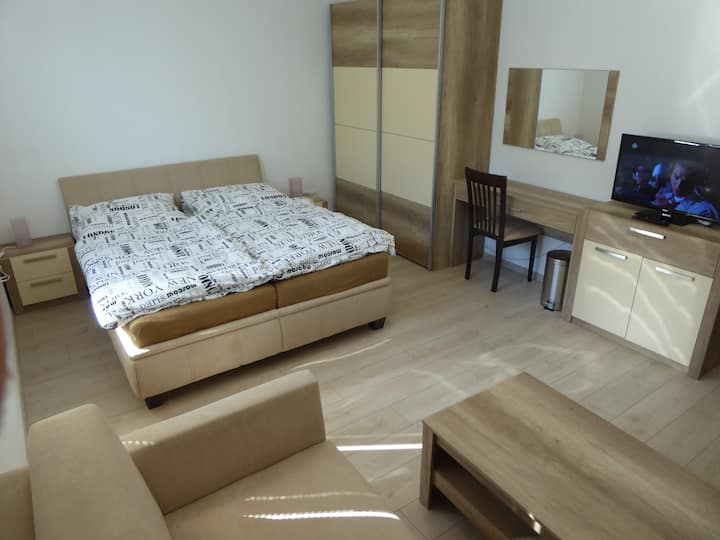 GUT2 modern apartment 47m2 ideal for 2 & families