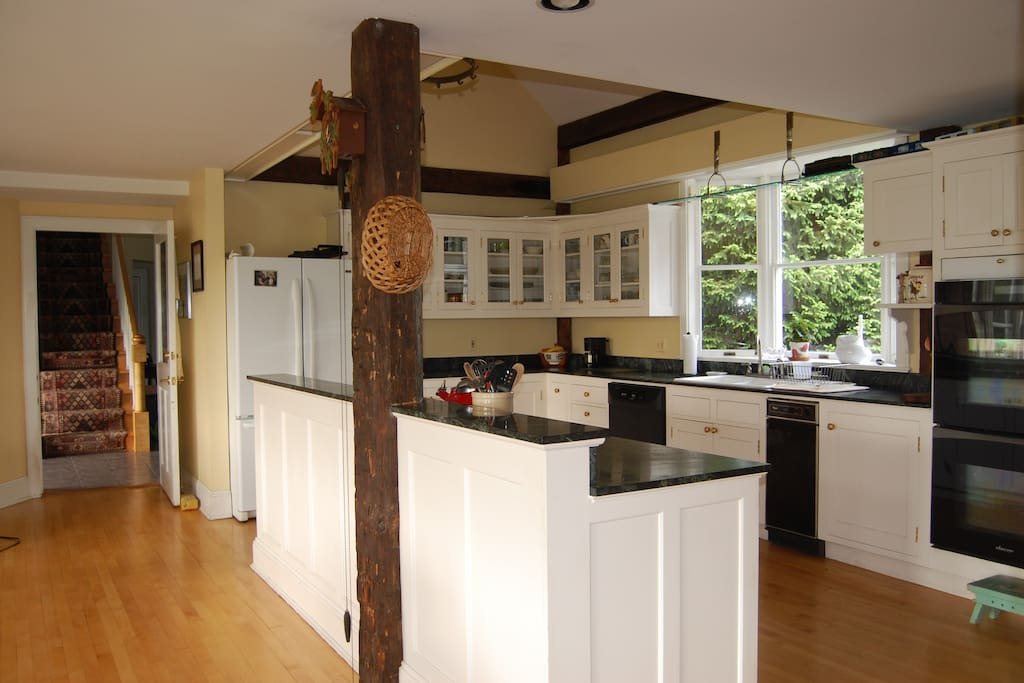 Large kitchen gives everyone room to pitch in
