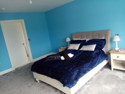 Double room next to town centre and National Park