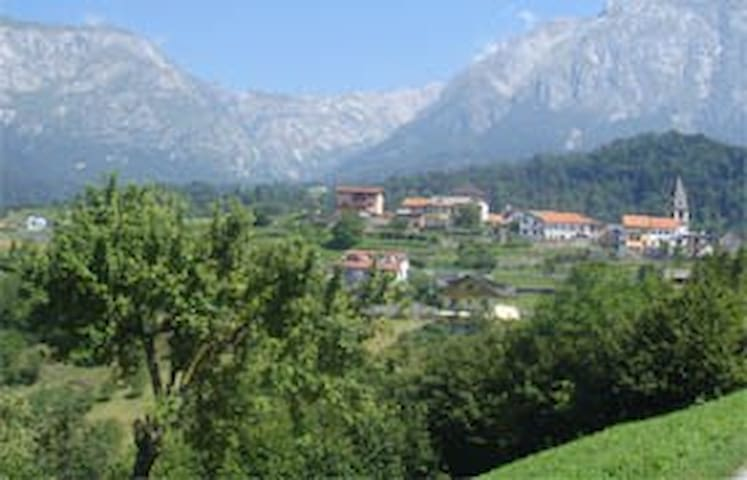 Italian mountains - Lamosano - Hus