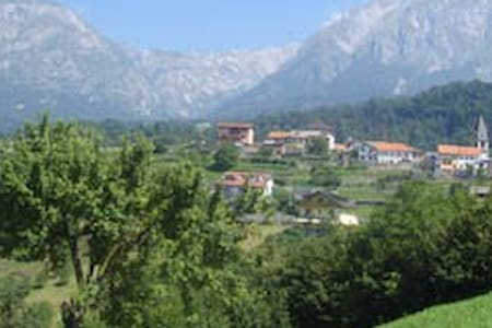 Italian mountains - Lamosano - Rumah