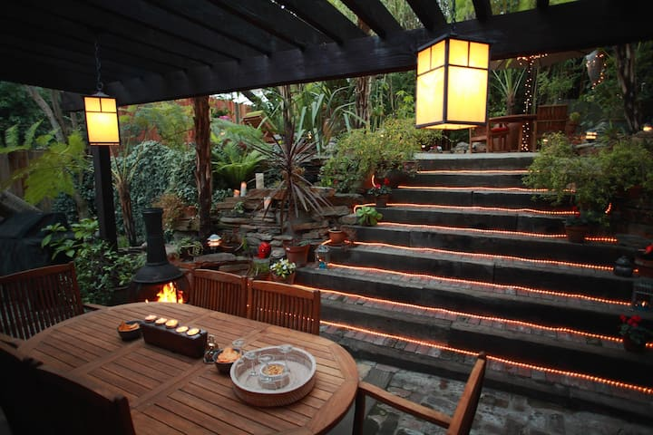 """""""A little oasis in Laurel Canyon"""""""
