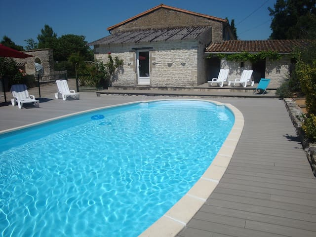 House and swimming Pole  - Le Bourdet - House