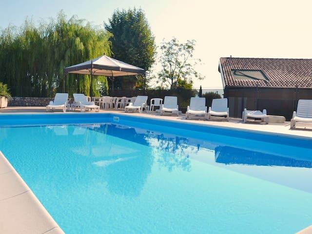 Fantastic flat in Manerba, close Romantica beach