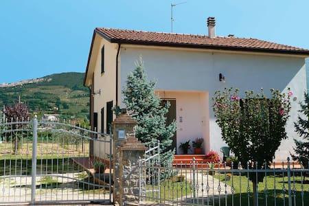 """Casa Vacanza Assisi """"Morosi"""" - Rivotorto"""