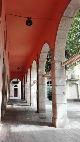 1B Apartamento a dos pasos del Museo Dali