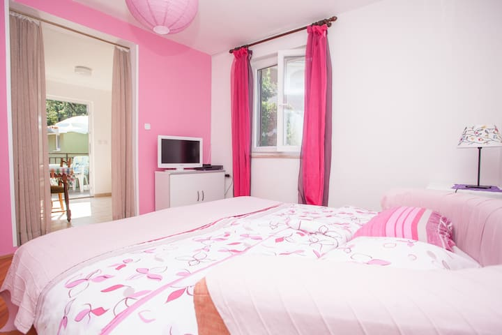 Pink apartment near Porec in Istra