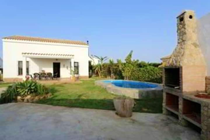 Villa with 3 bedrooms in Conil de la Frontera, with wonderful mountain view, private pool, terrace - 1 km from the beach