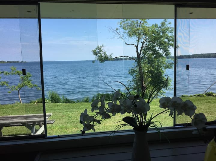 Waupoos Island View Cottages - The Ethan