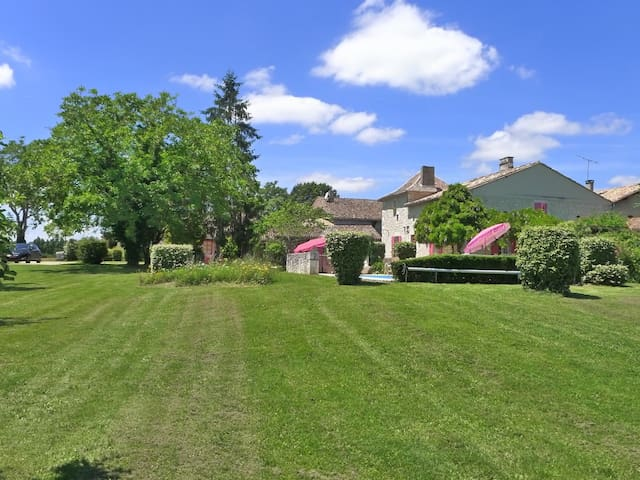 Large Groups Welcome: Country Chic w/ Private Pool