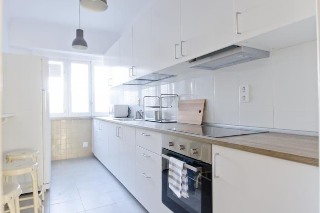 Modern and pleasent Kitchen