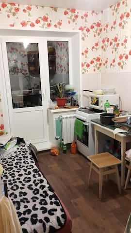 A comfy room with a kitchen - Severodvinsk - Pis