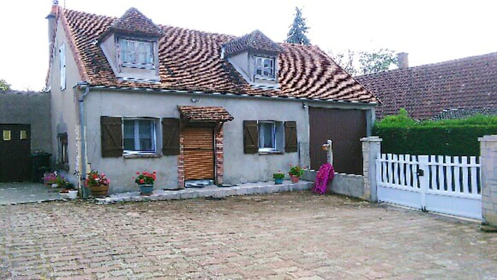 House with one bedroom in Saint-Père, with WiFi