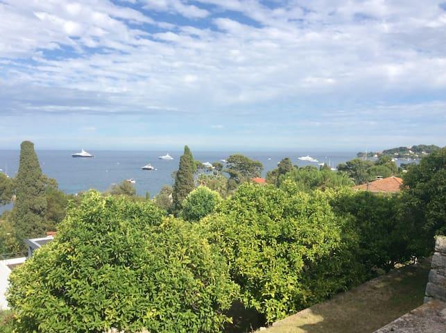 Vue mer 360°, Maison et terrasses d'orangers, RARE - Saint-Jean-Cap-Ferrat - Casa