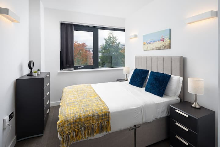 A Stylish & Modern 1 bed flat in St Albans