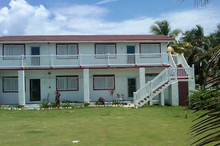 Glatos Lodge
