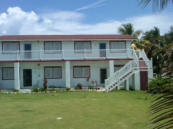 Glatos Lodge