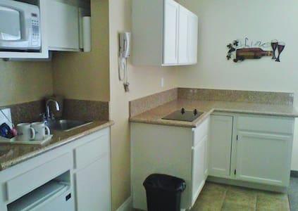 RESORT; Silver Lakes Desert Cali - Lägenhet