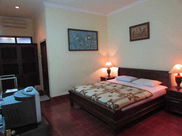 Cheapest & cleanest Hotel at Sanur - Denpasar  - Huoneisto