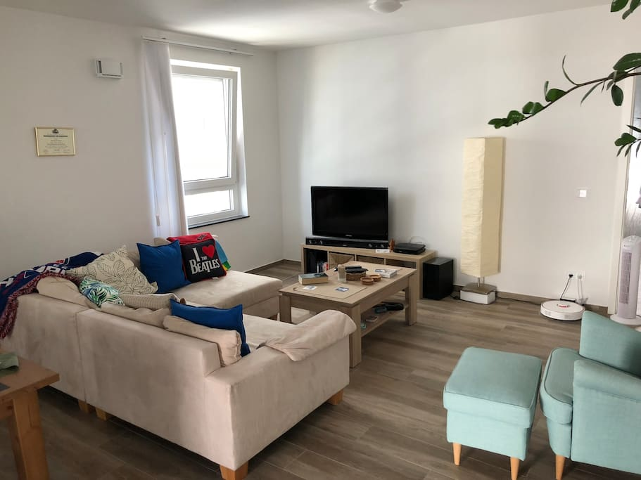 Our comfy living room / unser bequemes Wohnzimmer