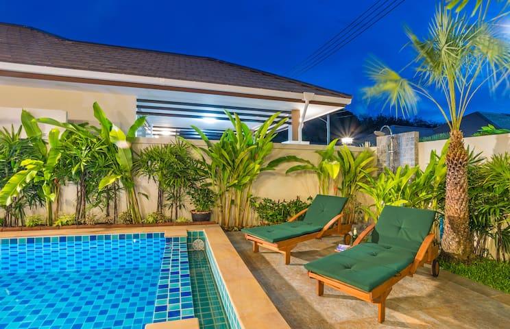 Moderne architektenhäuser mit pool  Ao Nang 2017: Top 20 Ferienwohnungen in Ao Nang, Ferienhäuser ...