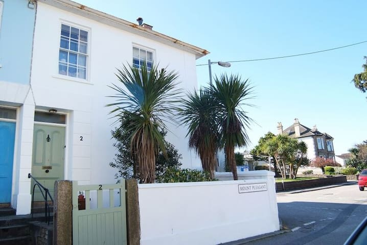 Harbour Master's House - Hayle - Hayle - Dom