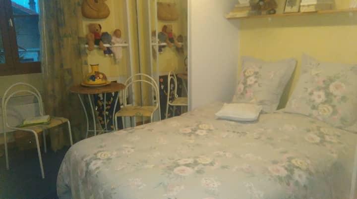 Casa Bonita / CHAMBRE JAUNE à l'étage