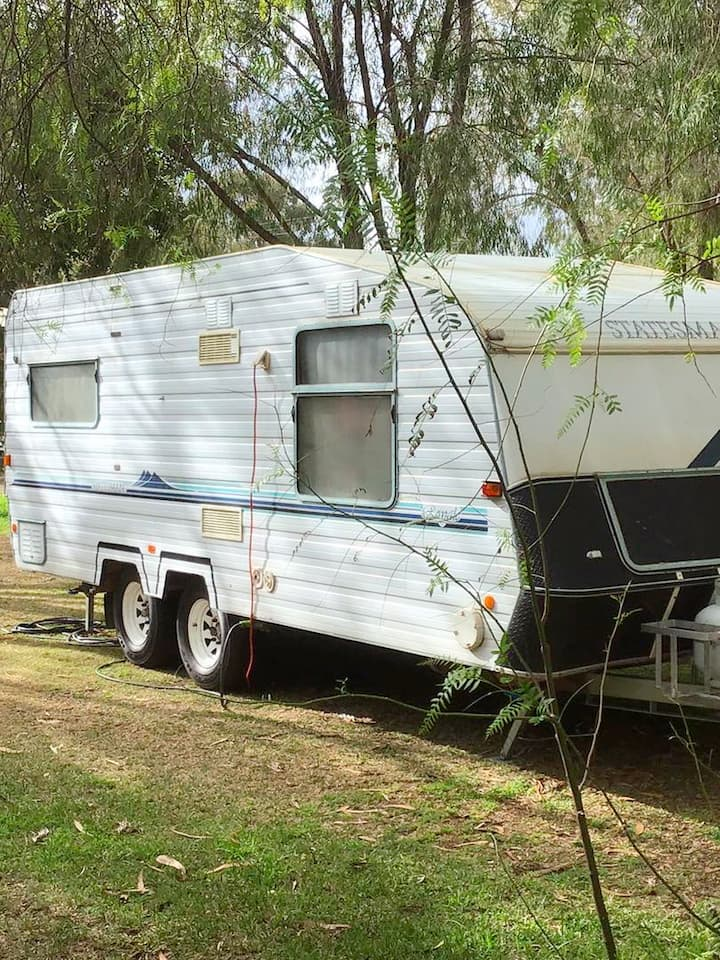 lake clifton caravan park..piecefull