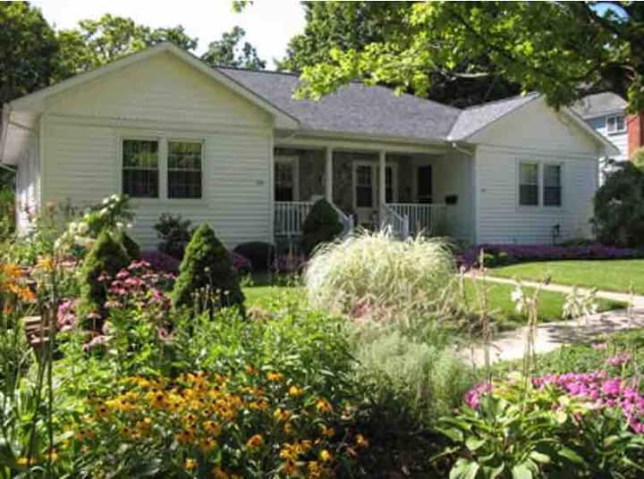 Charming downtown Milford home at 527 East Street