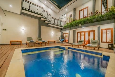 4BR Villa de lujo en la playa con piscina - Playa a 2 minutos a pie