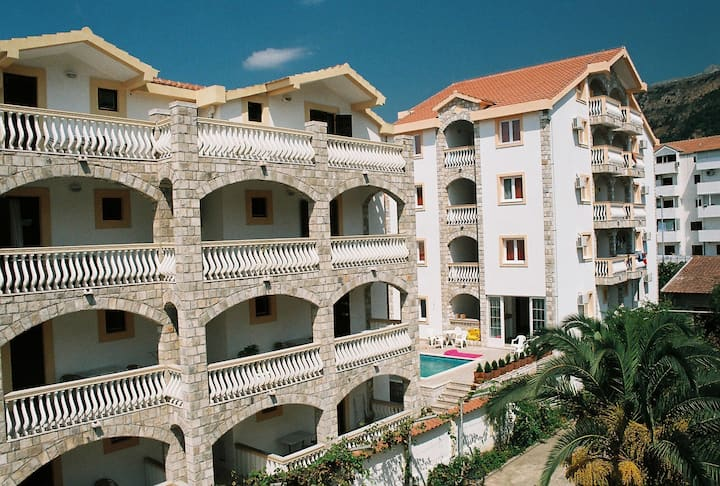 Budva Studio Apartments with kitchen and balcony