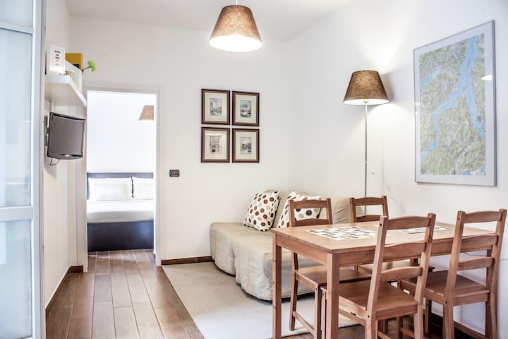 Acciaio apartment near the Lake and City centre