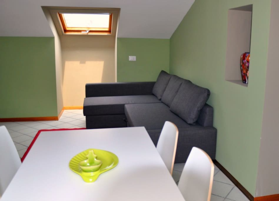 Livingroom with double sofa-bed