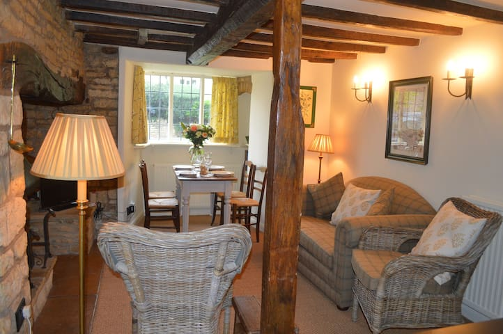 Cosy Cottage - Bourton-on-the-Water - Other