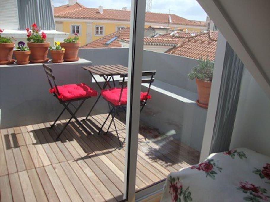 After the single bed room ( 90x190cm) the Terrace is waiting for you!
