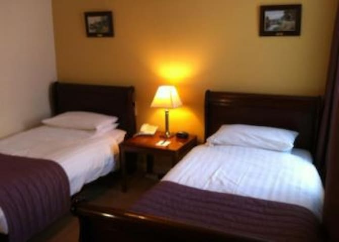 Essential Travel Only: Gratifying Double Two Beds At Claydon