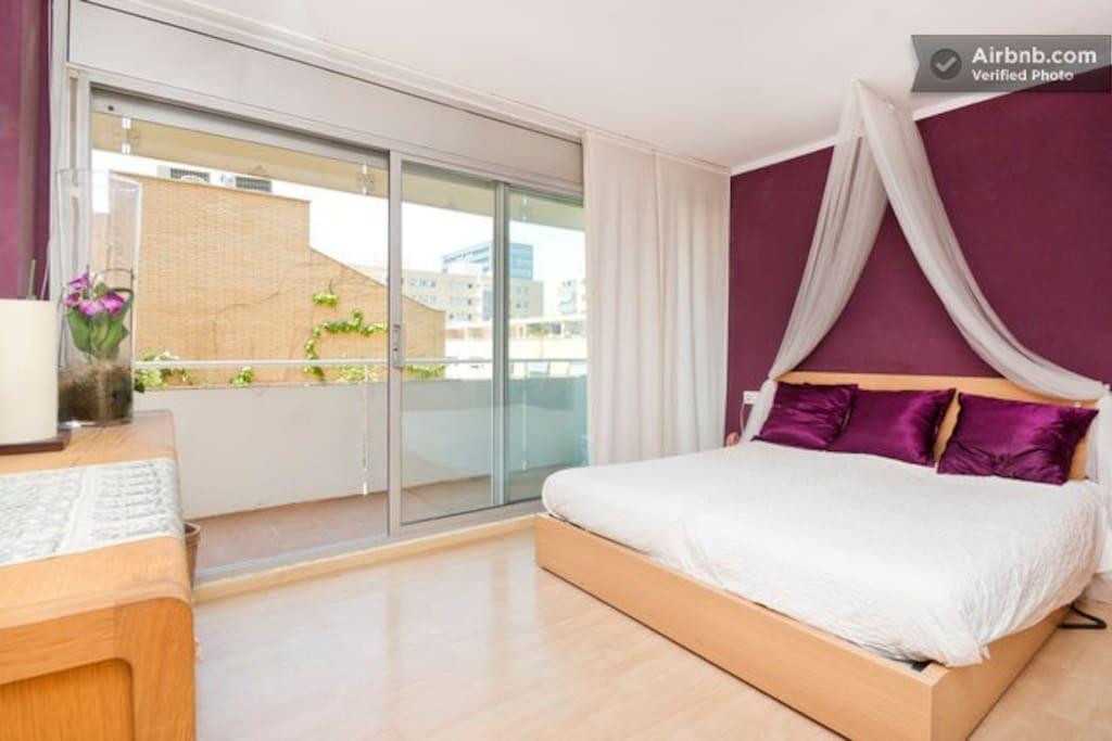 Duplex room suite next the beach chambres d 39 h tes - Chambre d hote barcelone centre ...