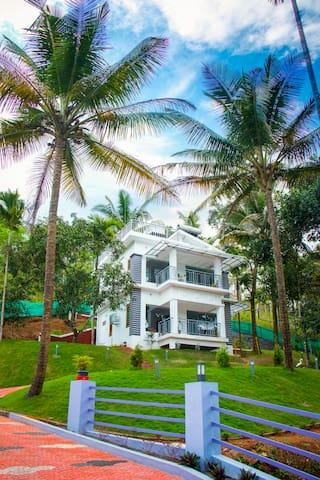 Sarovaram service villa