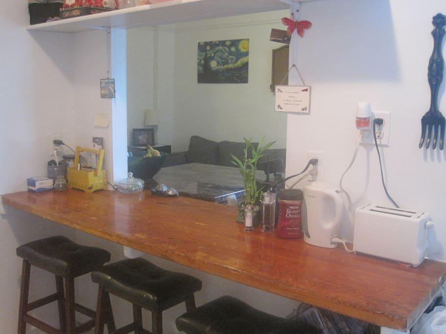 breakfest bar in kitchen