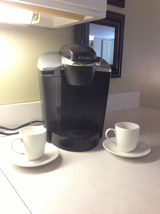 Keurig Coffee Maker Nz : Stylish Terrace Level Cap Hill Apt - Apartments for Rent in Washington