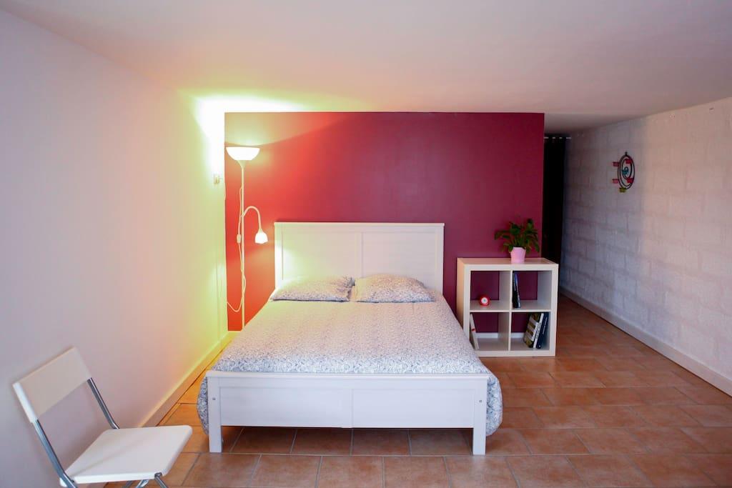 Grande chambre 8km saint emilion chambres d 39 h tes for Chambre d hote st emilion
