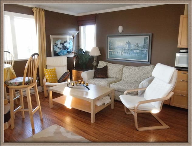 Penthouse Suite with fabulous VIEW! - Sechelt - House