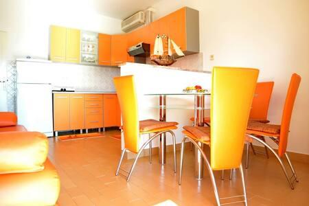 Ferien Wohnung in Zadar, Kroatien  - Posedarje - Lakás