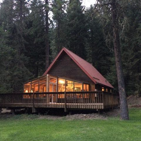 Mill Creek Cabin, A Wine Lovers Retreat
