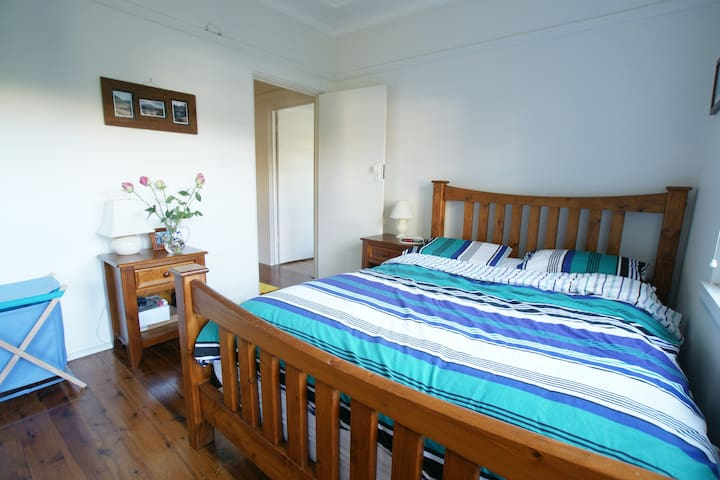 Cosy and quiet 2 bedroom apartment - Crows Nest - Pis