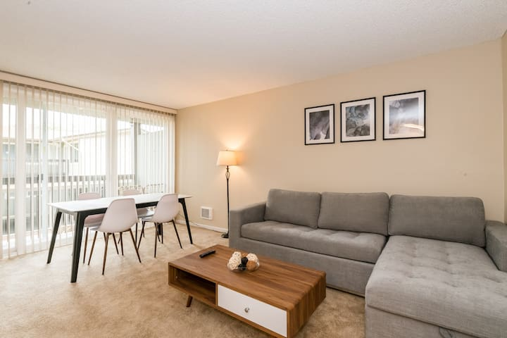 Brilliant 2A San Bruno Apt with Parking+Pool!