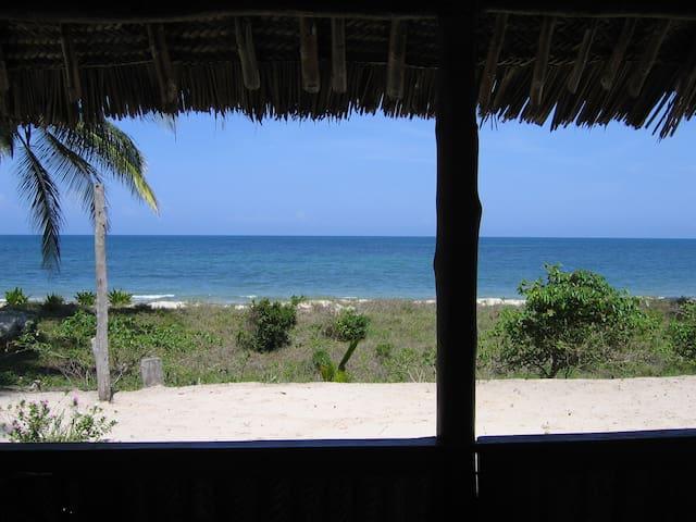 Beach Bungalow in Pangani, Tanzania - Pangani - Casa