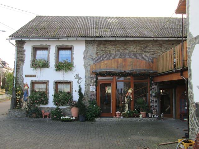 Wohnen im Westerwald, Nähe Westerwalgsteig - Bonefeld - Apartment