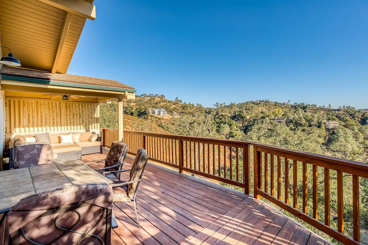 Gorgeous home with wrap-around deck & wonderful lake views!
