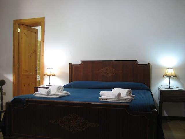 stanza a torre dell'orso - Borgagne - Bed & Breakfast